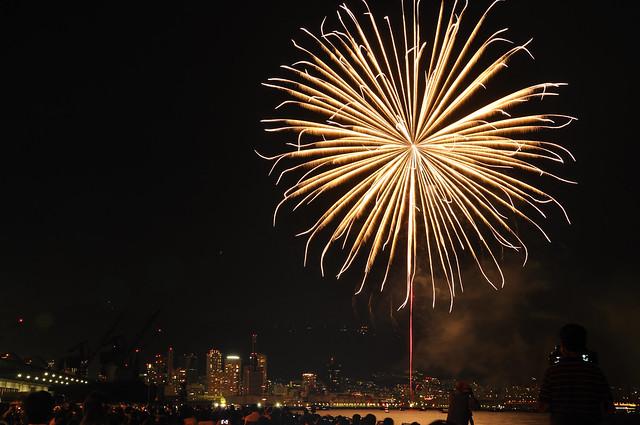 110806_fireworks08