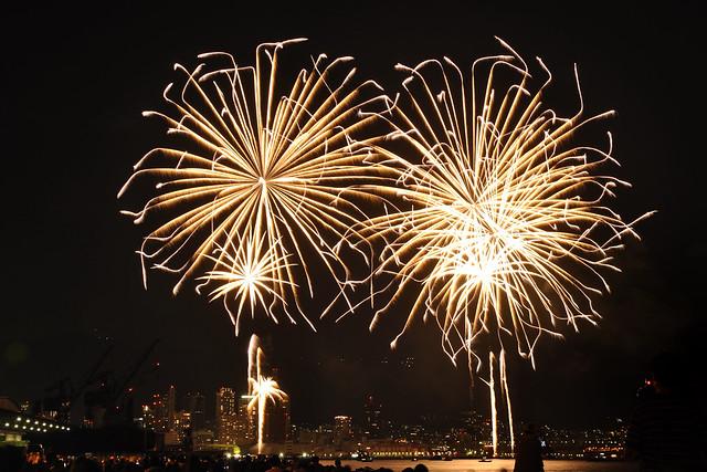110806_fireworks09